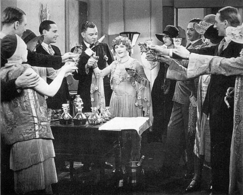 Betty Balfour in Champagne (1928)