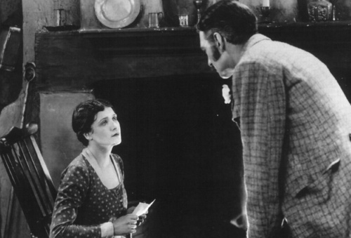 LIllian Hall-Davis and Jameson Thomas in The Farmer's Wife