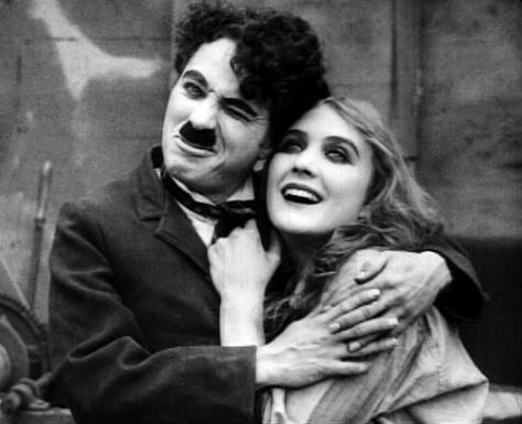 Chaplin-and-Edna-Purviance-charlie-chaplin-30690823-500-407