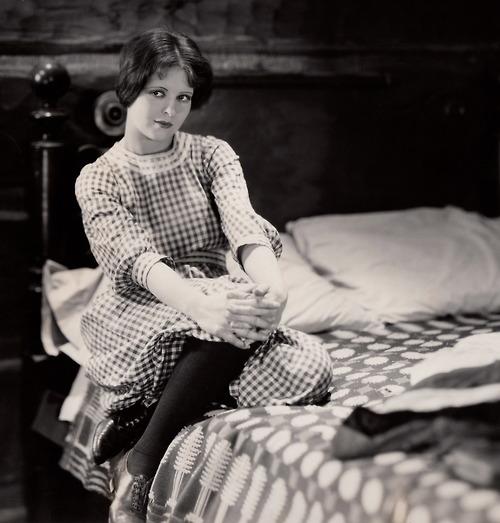 Clara Bow in The Runaway
