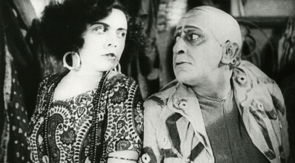 Pola Negri and Ernst Lubitsch in Sumurun
