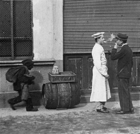 Le Livreur, le Coursier et le Petit Ramoneur Photothèque Cinémathèque Suisse