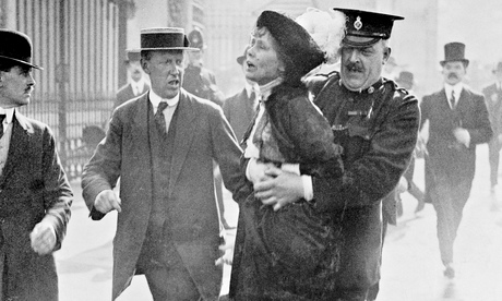 Emmeline Pankhurst arrested outside Buckingham Palace in 1914