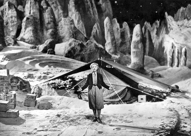 Frau Im Mond (1929)