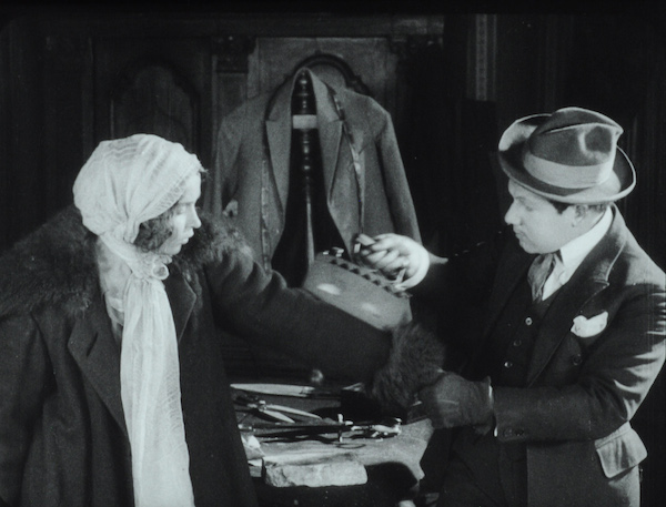 The Tailor from Torzhok (1925)