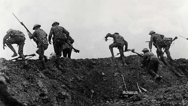 The Battle of the Somme (1916)