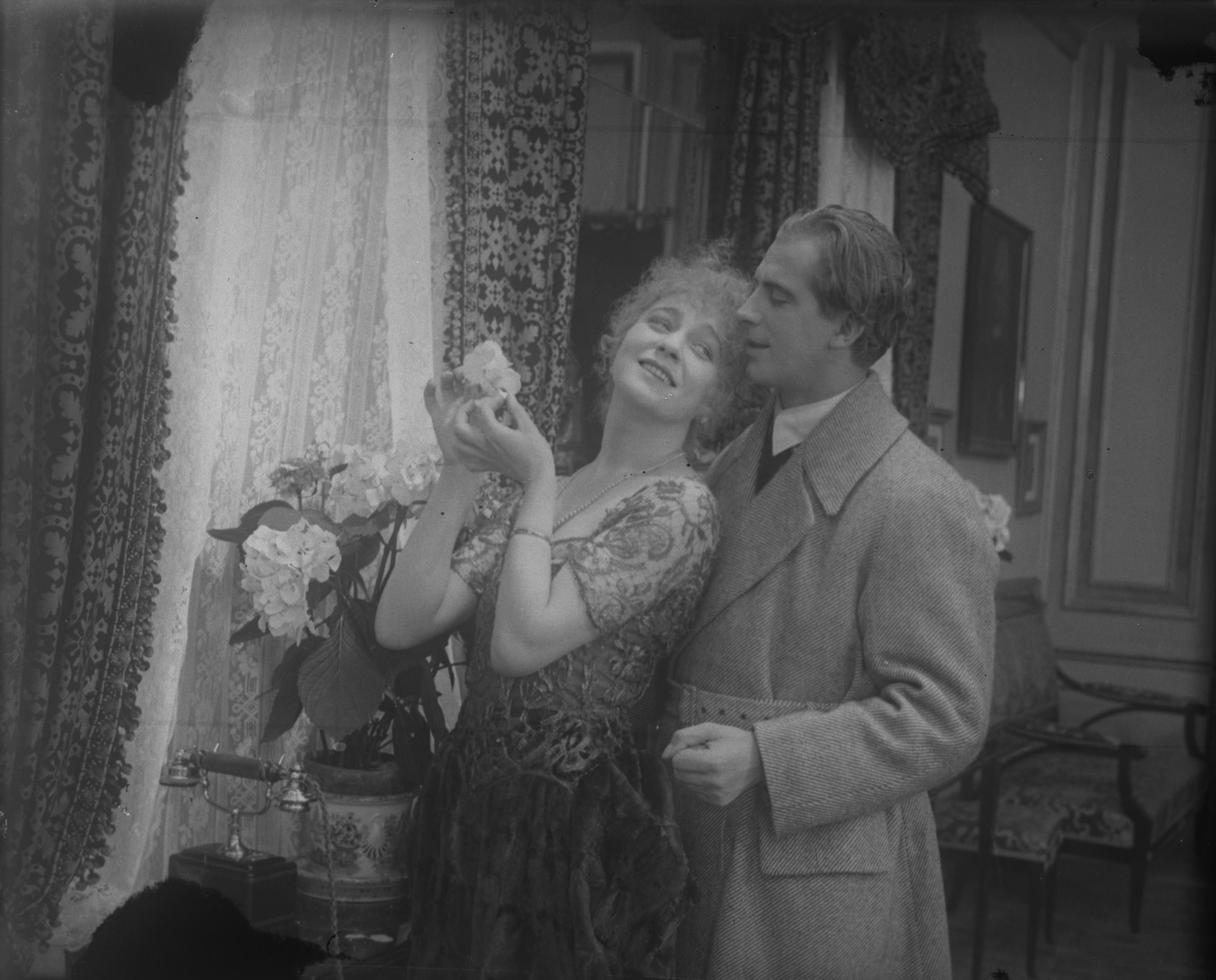 EROTIKON (SE 1920) © AB Svensk Filmindustri