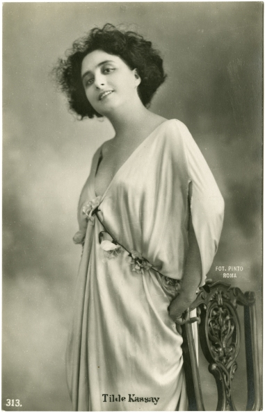 Portrait of Tilde Kassay. Collezione Jay Weissberg