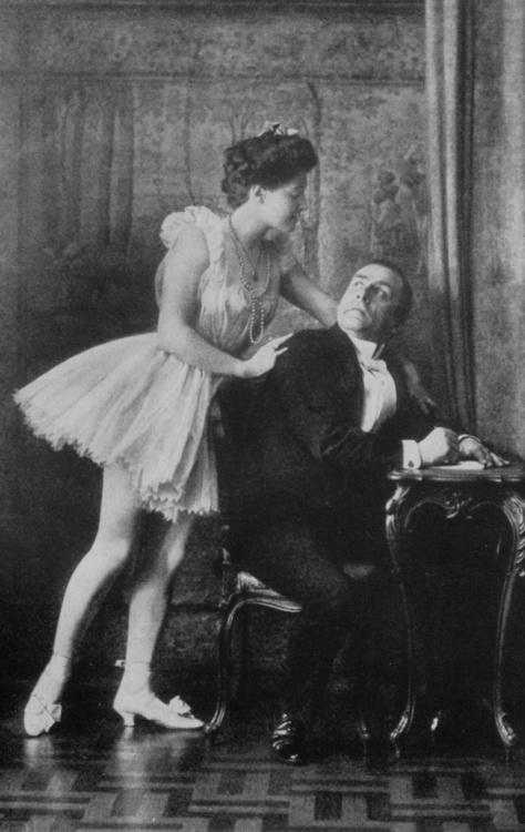 Frank Wedekind as Schön in a stage production of the Lulu plays, with his future wife Tilly in the title role.