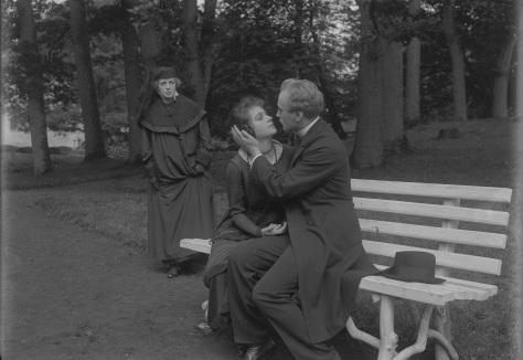 THORA VAN DEKEN (SE 1920) Credit: Svenska Filminstitutet, Stockholm