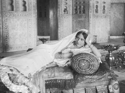 Enakshi Rama Rau (Selima, later Mumtaz Mahal) in Shiraz: A Romance of India (1928, BFI National Archive)