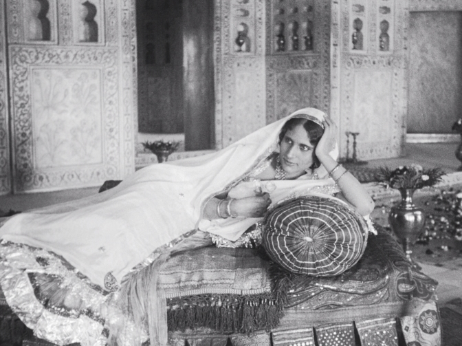 Enakshi Rama Rau (Selima, later Mumtaz Mahal) in Shiraz: A Romance of India (1928, BFI National Archive)