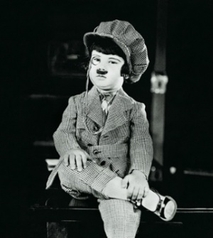 Baby Peggy in The Kid Reporter (1923)