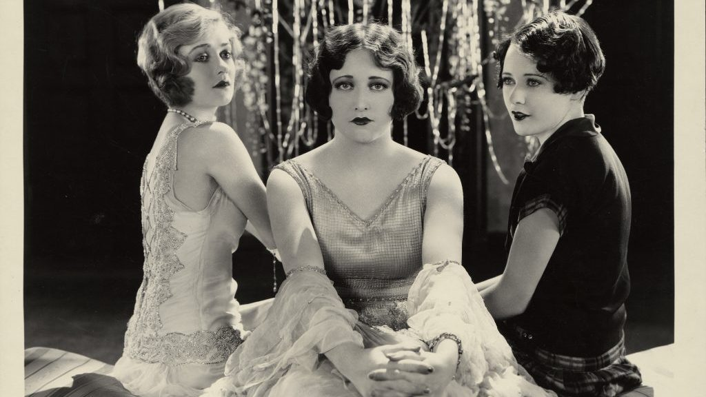 Constance Bennett, Joan Crawford, Sally O'Neil SALLY, IRENE AND MARY (US 1925) di Edmund Goulding Credits: Academy of Motion Picture Arts and Sciences – Margaret Herrick Library, Los Angeles