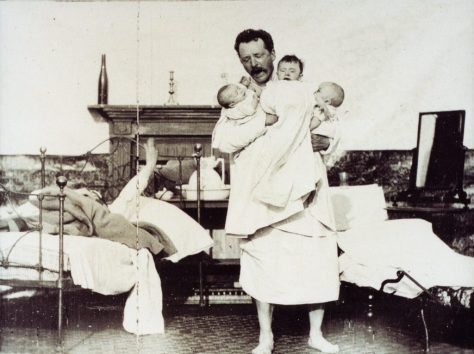 WHY PAPA CAN'T SLEEP (US 1896) by William K. L. Dickson Credits: EYE Filmmuseum, Amsterdam